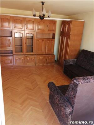 Apartament 2 camere decomandat zona Lunei etajul 2 centrala proprie - imagine 6