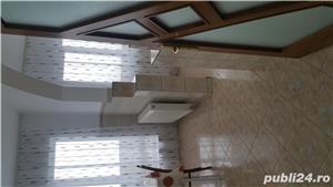 Închiriez apartament cu 3 camere - imagine 3