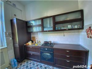 Apartament la Vila - imagine 6