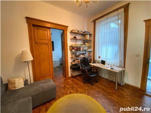 Apartament la Vila - imagine 3