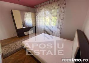Apartament 3 camere decomandat la vila LIPOVEI - imagine 3
