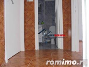 Spatios! Vanzare apartament semidecomandat cu 2 camere in Targoviste micro 6 - imagine 6