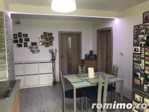 3 Camere Parțial Renovat - Cf 1 - Decomandat - Etaj 1/4 - Drumul Sării - imagine 2