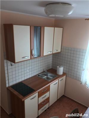 For rent !Chirie 2 cam mobilat Piata 1 Decembrie ultracentral - imagine 3
