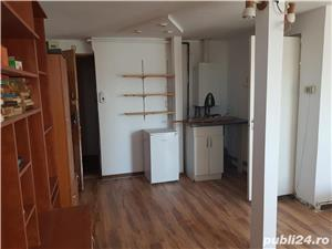 Apartament cu 1 camera, decomandat, centrala proprie, garaj, zona Centrală  - 200 Euro  - imagine 3