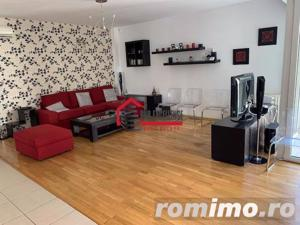 Inchiriere Apartament 3 Camere Superb Parcul Carol - City Center * Loc De Parcare Subteran * - imagine 3