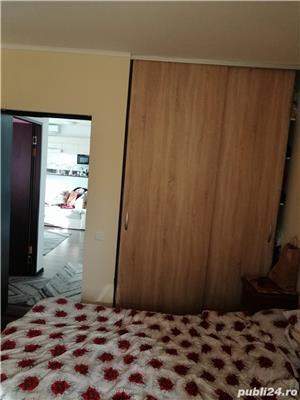 Vand apartament 3 camere floresti - imagine 2