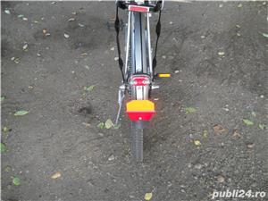 Biciceta cu motor 37 cm impecabila  Fara Rugina  - imagine 5
