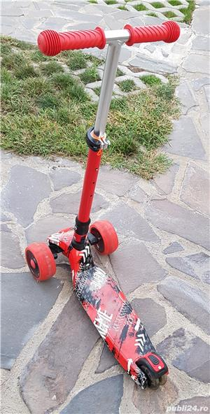 trotineta scooter aproape noua - imagine 3