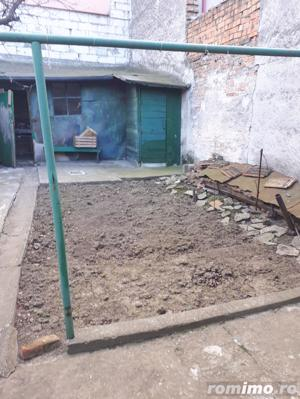 casa batraneasca situata in zona CENTRU, - imagine 4