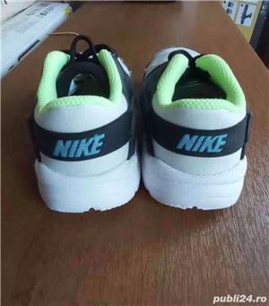 adidasi Nike  - imagine 2
