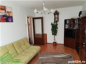 Proprietar inchiriez apartament 3 camere , et. 5 din 8,loc parcare, - imagine 1