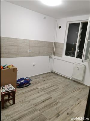 Ap. 2 camere, Decomandat, Zona Brancoveanu(Izv Crisului, nr 11), loc parcare+boxa, Metrou, gradinita - imagine 9