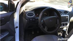 Ford Focus MK2 2008 1.6 TDCi Sedan - imagine 6