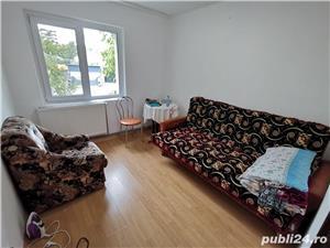 Vanzare apartament 2 camere DECOMANDAT - Podu Ros - imagine 1
