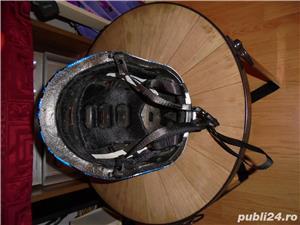 Casca Ciclism,Marimea-52-56 cm,Impecabila,Pret-70 de Lei . - imagine 4