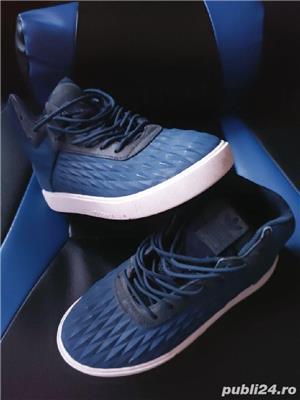Adidasi Adidas  si Converse ,mărimea 35 - imagine 5