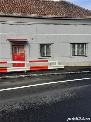 Casa + Pod mansardabil- Piata Unirii - pretabila si firma - cabinet - etc   - imagine 1