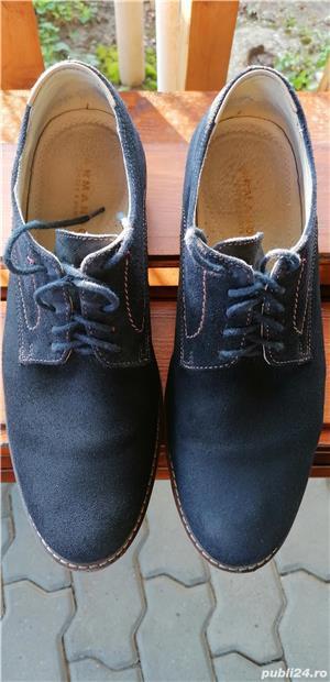pantofi Armando din piele intoarsa, marimea 42, stare foarte buna. - imagine 3