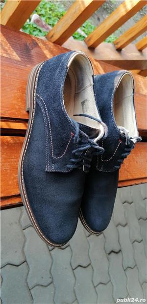 pantofi Armando din piele intoarsa, marimea 42, stare foarte buna. - imagine 1