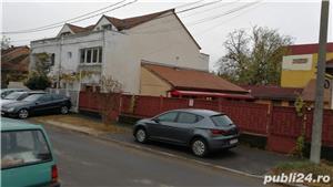 Casa modesta cu teren Str Pomiculturii - singur in curte și toate utilitatile  - imagine 3