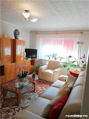 De vânzare în Odorheiu Secuiesc, în zona centrală, apartament cu 2 camere, la etajul IV.  - imagine 3