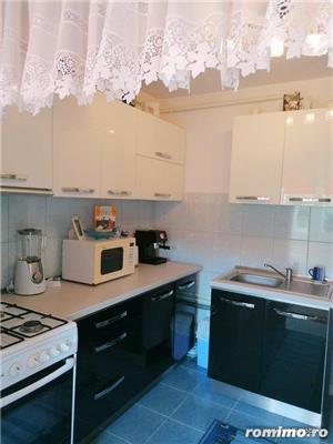 De vânzare în Odorheiu Secuiesc, în zona centrală, apartament cu 2 camere, la etajul IV.  - imagine 2