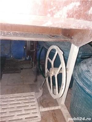 Vand mașina de cusut  VERONICA - imagine 5