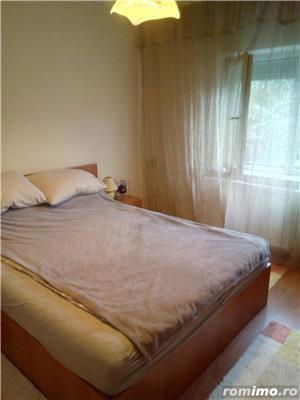Apartament in zona Decebal, 3 camere - imagine 15