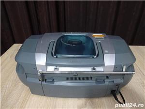 Radio casetofon cu CD Philips - imagine 2