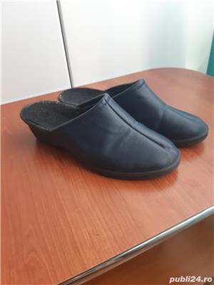 Papuci piele ,marime 39/40 - imagine 2