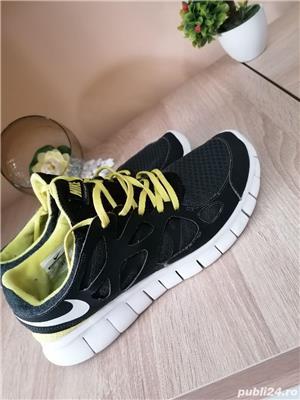 Adidași Nike - imagine 2