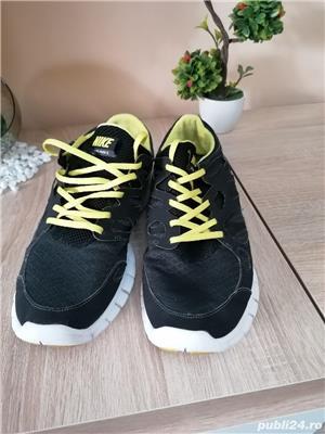 Adidași Nike - imagine 1