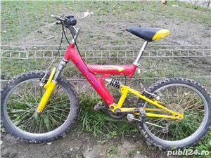 Dau la schimb bicicleta de copii la schimbul unei biciclete de femei  - imagine 2