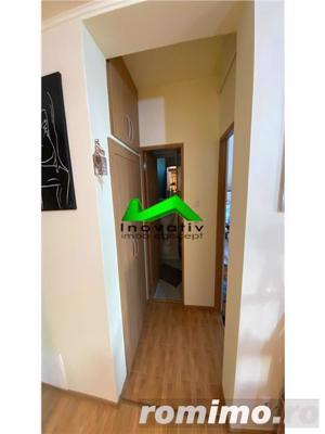 Apartament 3 camere,decomandat,renovat,balcon,Strand - imagine 6