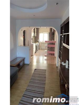 Obcini apartament 3 camere decomandat (3C-3230) - imagine 5