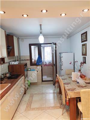 De vanzare apartament 4 camere - sector 4, Aparatorii Patriei - imagine 2