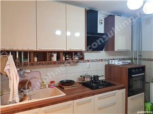 De vanzare apartament 4 camere - sector 4, Aparatorii Patriei - imagine 3