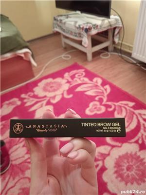 Set Creion sprâncene Anastasia Beverly Hills + Tinted brow gel - imagine 4