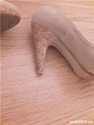 Pantofi toc crem - imagine 2