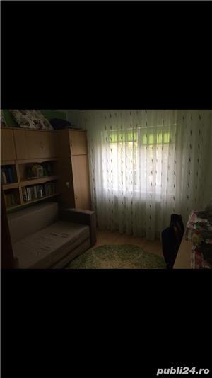 Vând apartament 3 camere Zona Soarelui - imagine 9