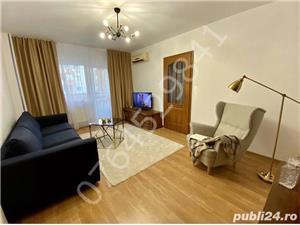 Inchiriez apartament 4 camere,lux,Teiul Doamnei, - imagine 1
