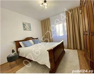Inchiriez apartament 4 camere,lux,Teiul Doamnei, - imagine 2
