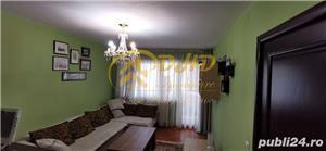 "Apartament 3 camere D, renovat, Podu Ros, aproape de Liceul ""Emil Racovita"" - imagine 2"