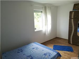 Apartament 2 camere, etajul 1, renovat, luminos, zona linistita - imagine 2