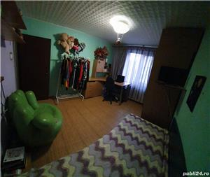 Vand apartament 3 camere transformat in 4 camere. Spatios,82mp,decomandat, renovat si mobilat recent - imagine 8