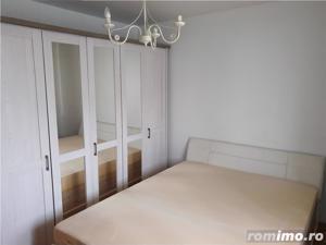 Apartament foarte spatios cu 2 camere, decomandat, in zona Soarelui - imagine 1