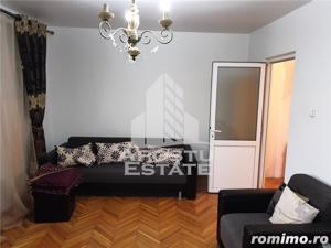 Apartament foarte spatios cu 2 camere, decomandat, in zona Soarelui - imagine 3