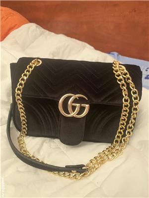Vând geanta Gucci - imagine 4