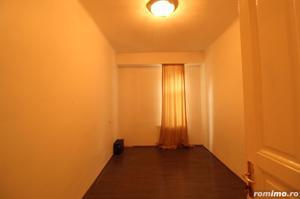 Zona superba, Aleea Modrogan, apartament renovat, garaj 27 mp - imagine 16